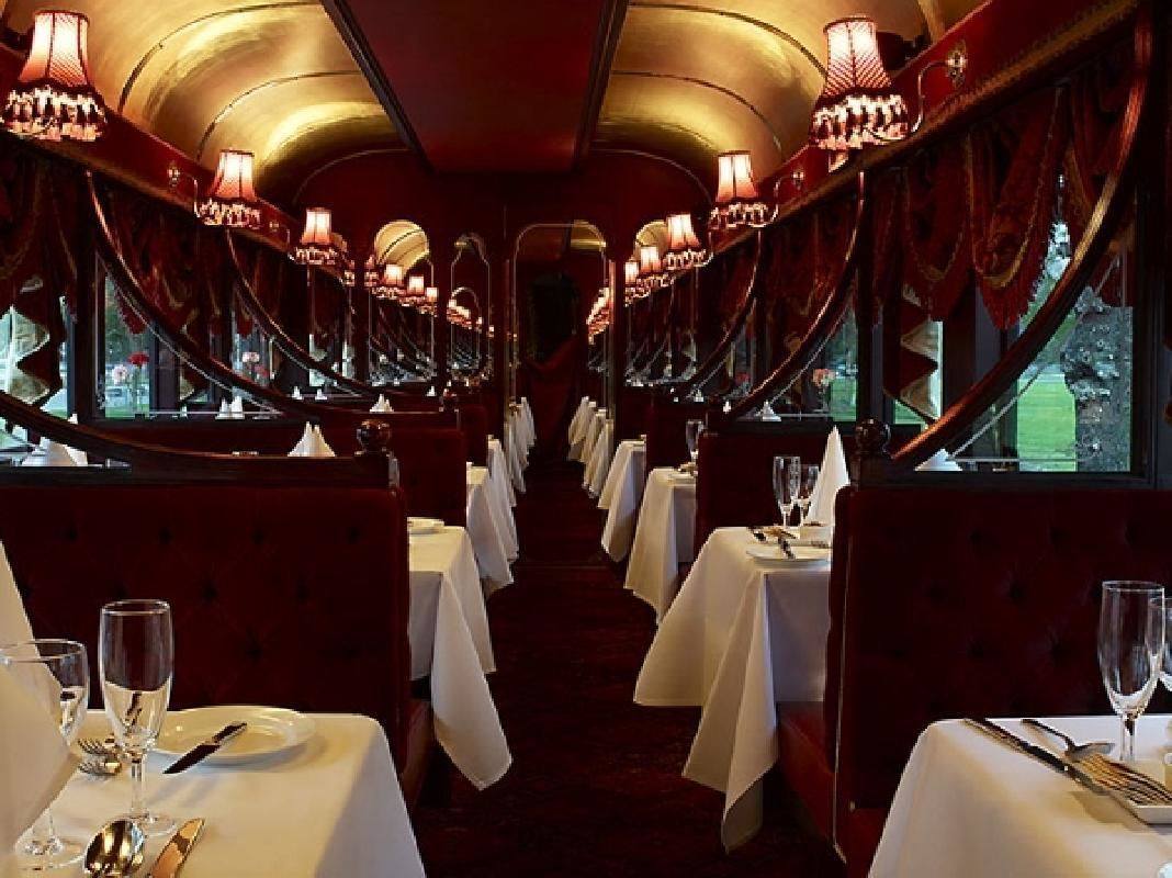Melbourne Colonial Tramcar Restaurant Dining Experience