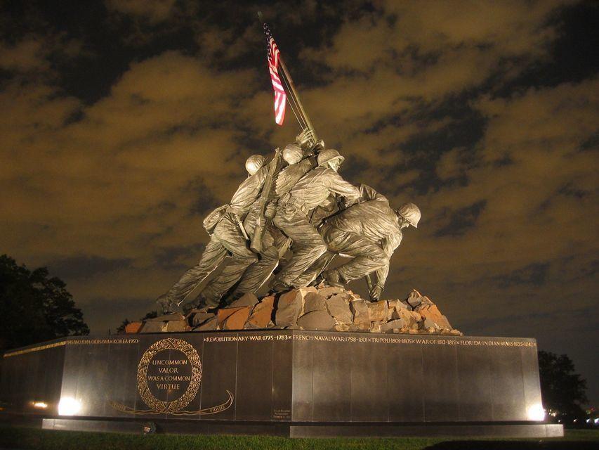 Washington D.C. Twilight Evening Bus Tour