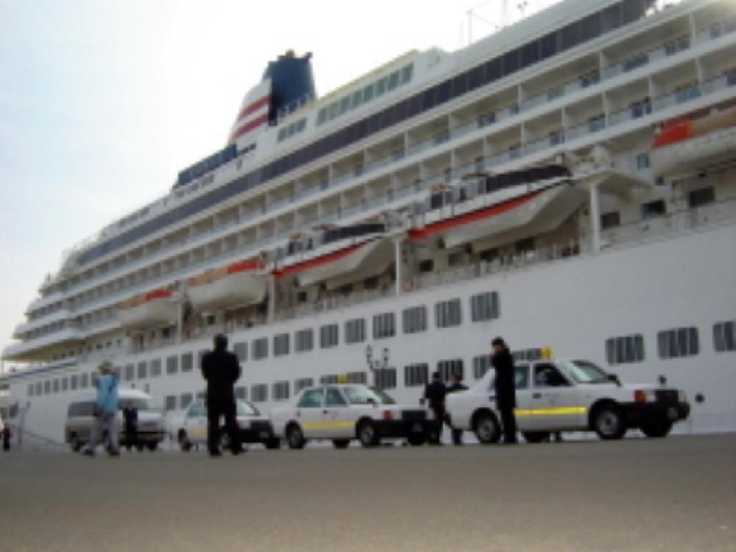 Kushiro Shitsugen Private Taxi Tour from Kushiro Port (3 hours)