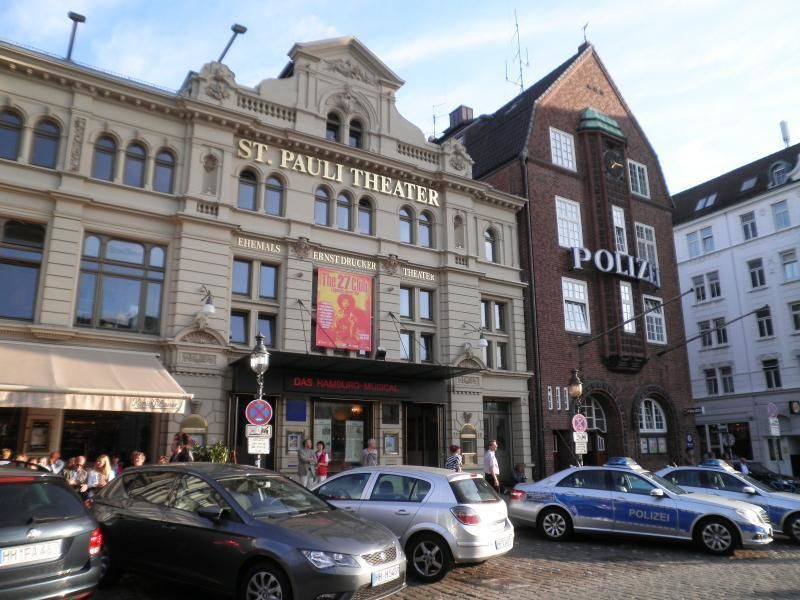 Walking Tour Hamburg - History of St. Pauli