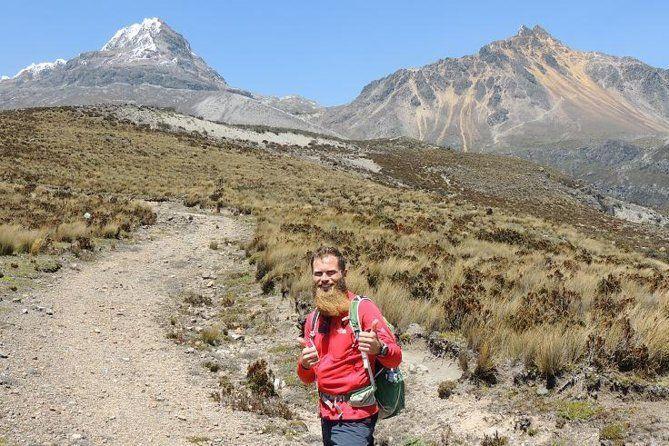 Ilinizas Volcano Private Hiking Day Tour