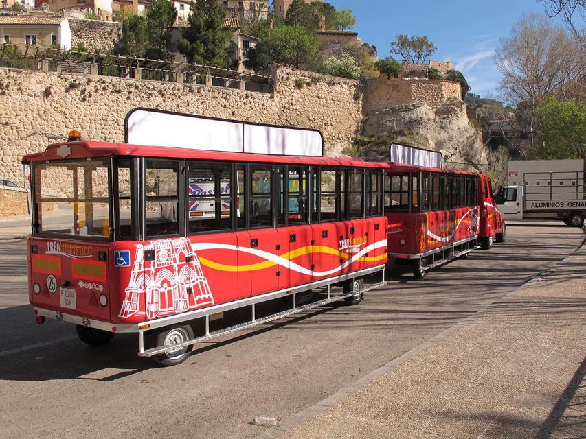 Cuenca: Full-Day Hop-on Hop-off Tourist Train Tour