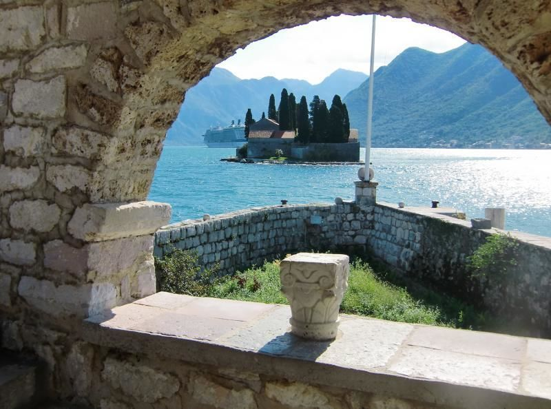 Full day trip to Montenegro - Kotor and Budva