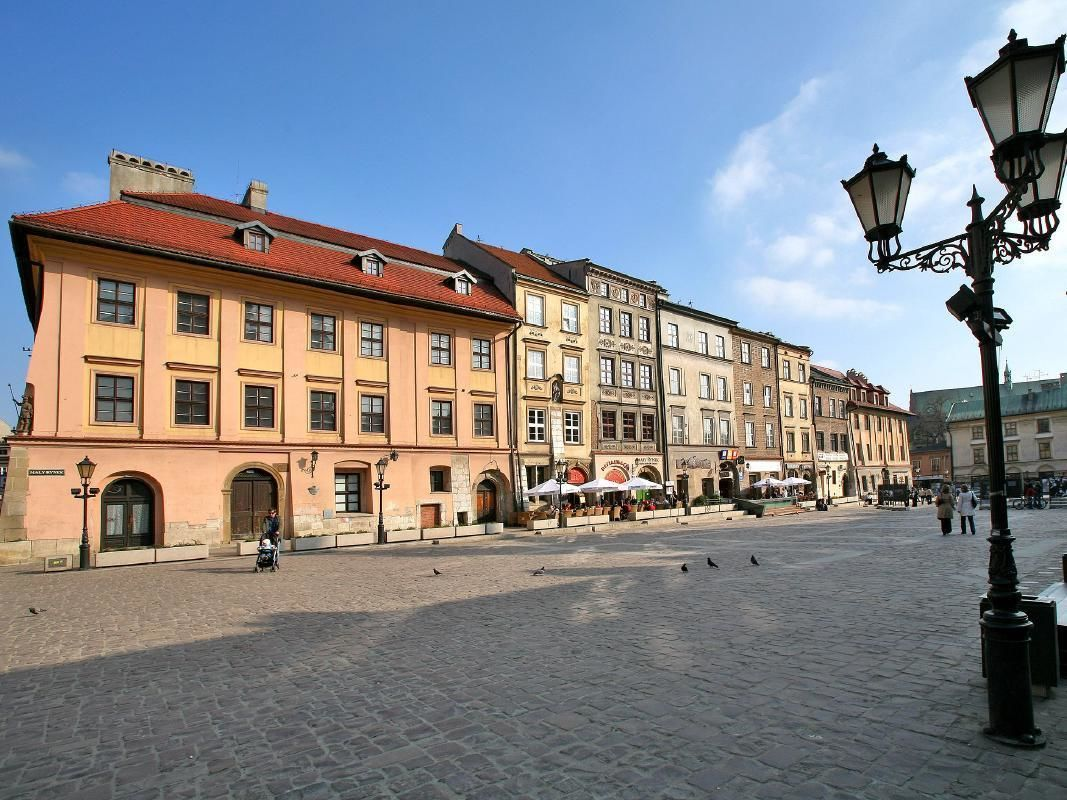 Krakow Private Sightseeing Tour in an Eco-Vehicle with Audio-Guide