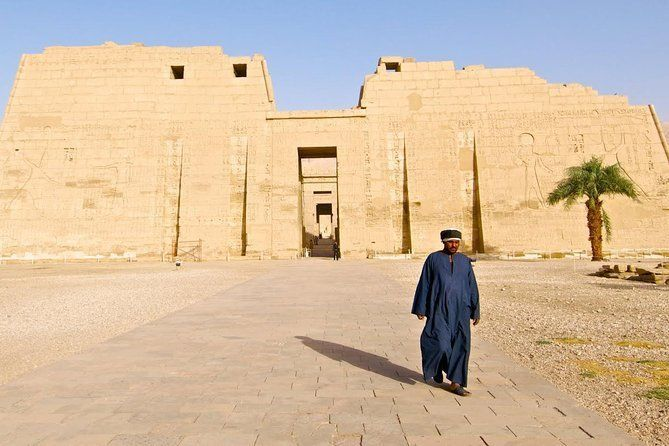 Visiting Medinat habu temple,tombs of the nobles and tombs of artisans