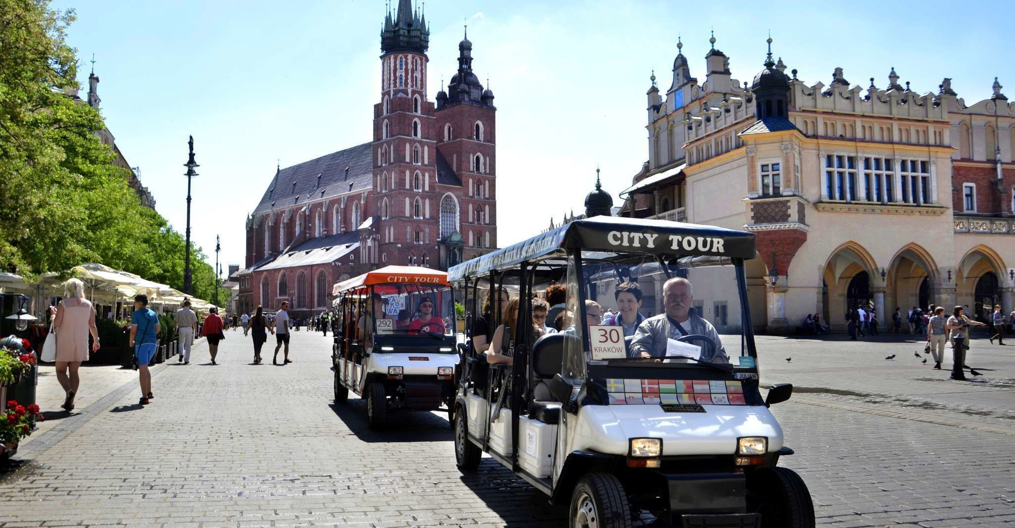 Krakow: Private Guided City Tour by Electric Car