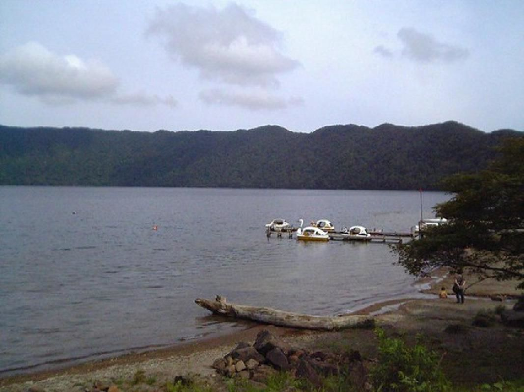 Chartered Private Sightseeing Taxi Tour to Lakes Akan, Mashu and Shiretoko
