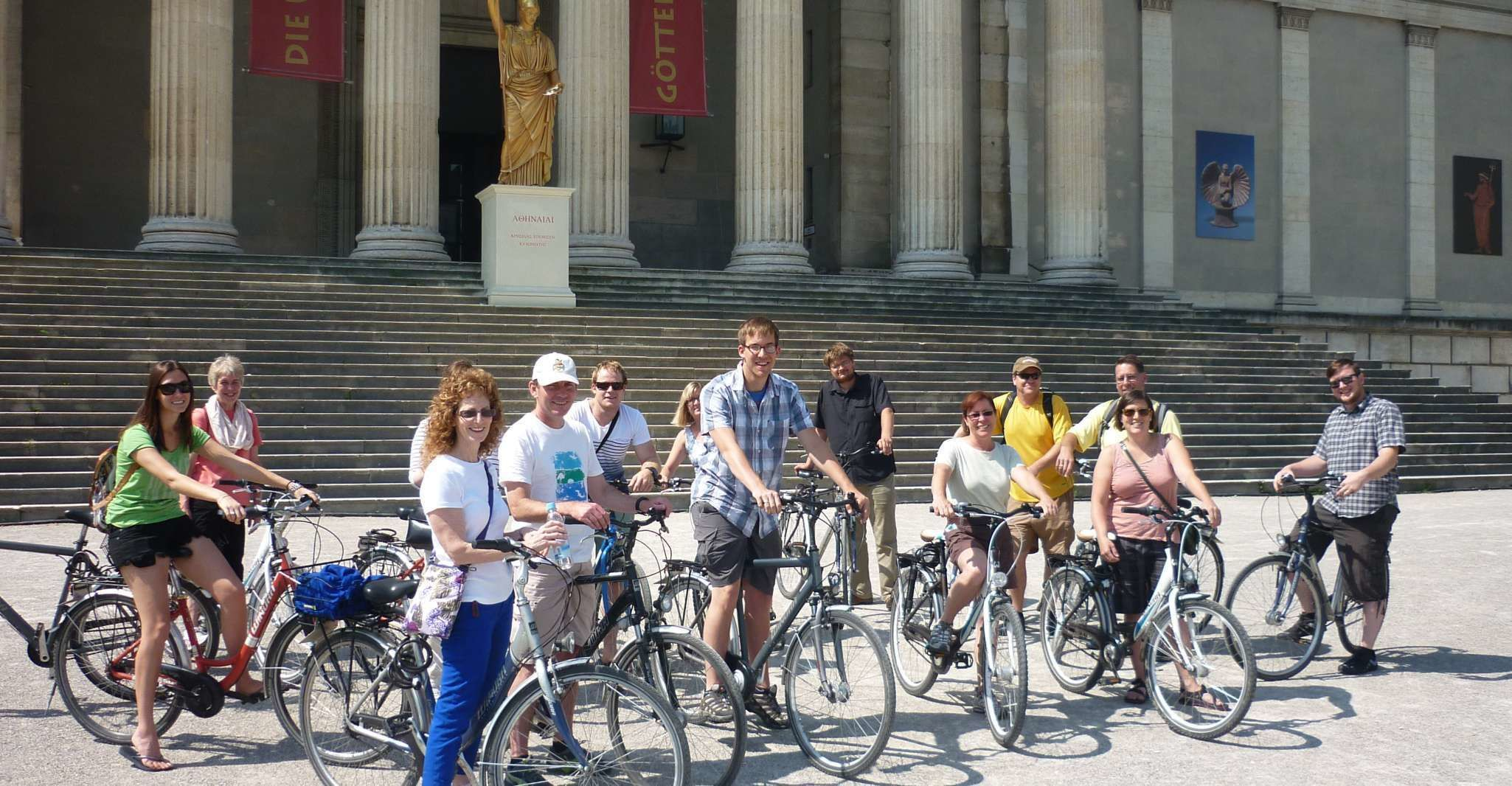 Munich by Bike: Half-Day Tour with Local Guide