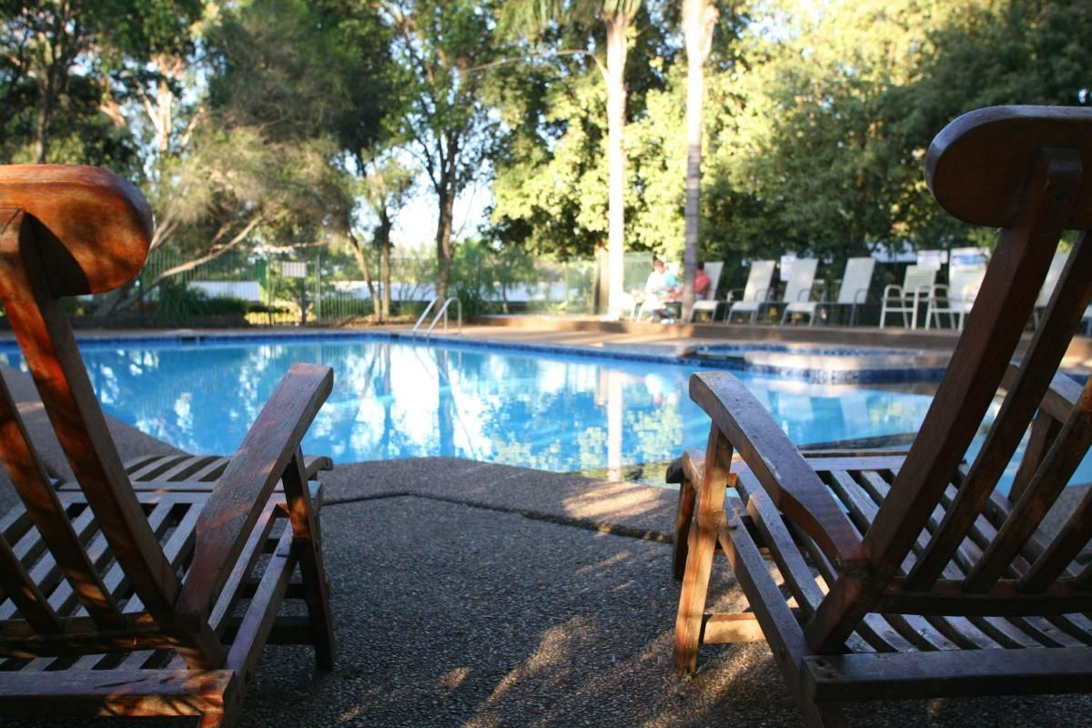 Hunter Valley Resort Winery Tour and Overnight Stay with Wine Tasting
