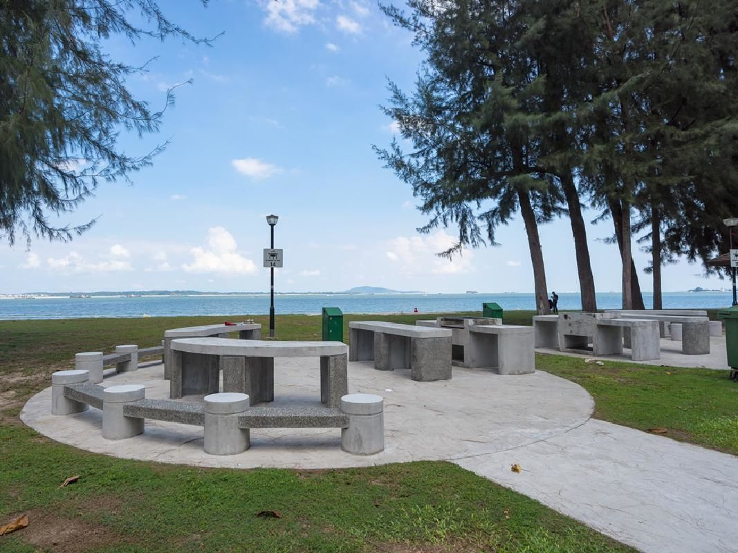 Singapore Round Island Private Tour with Lunch