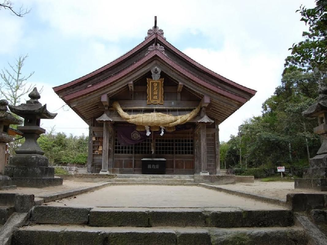 Half-Day Tottori Nature and Culture Tour on Private Taxi