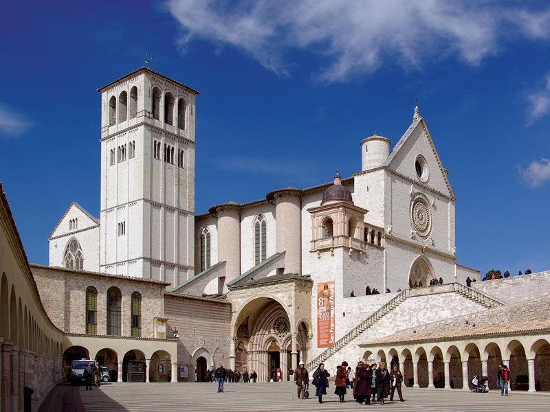 Assisi, Cortona, and Perugia Full-Day Guided Tour