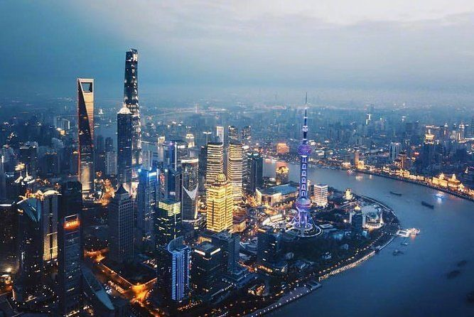 Zhujiajiao Water Town and Shanghai Night Cruise Group Tour with Dinner