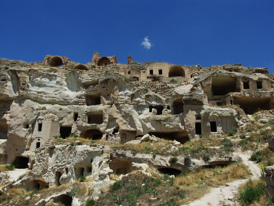 Cappadocia 2-Day Tour from Istanbul with Round-trip Flight and Accommodation
