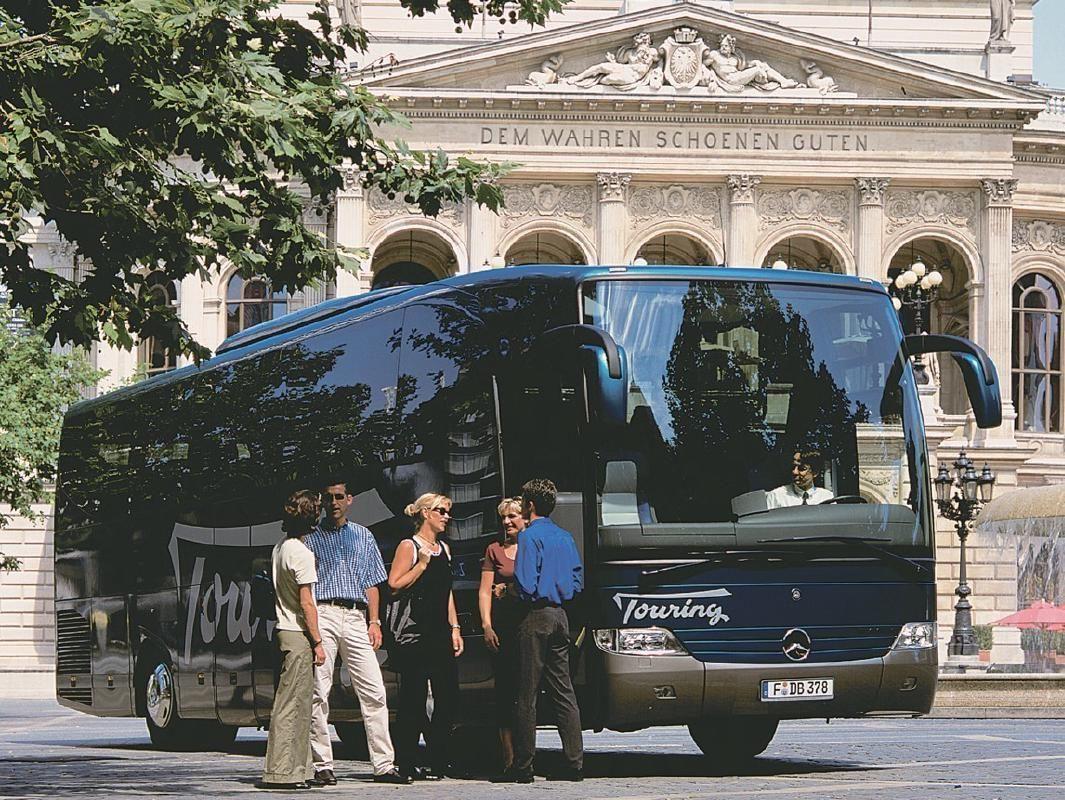 Füssen to Munich Romantic Road Intercity Coach Transfer Ticket