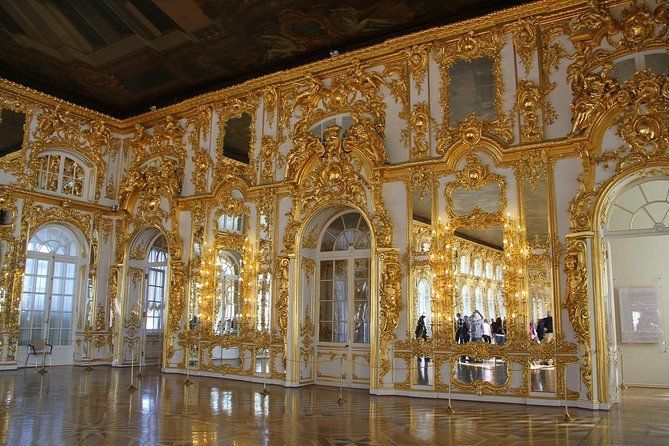 St Petersburg Small Group Tour of Tzarskoe Selo and Catherine Palace