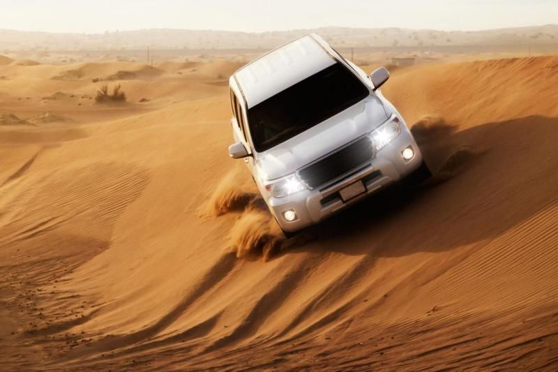 4x4 Desert Safari with BBQ Dinner - Deluxe