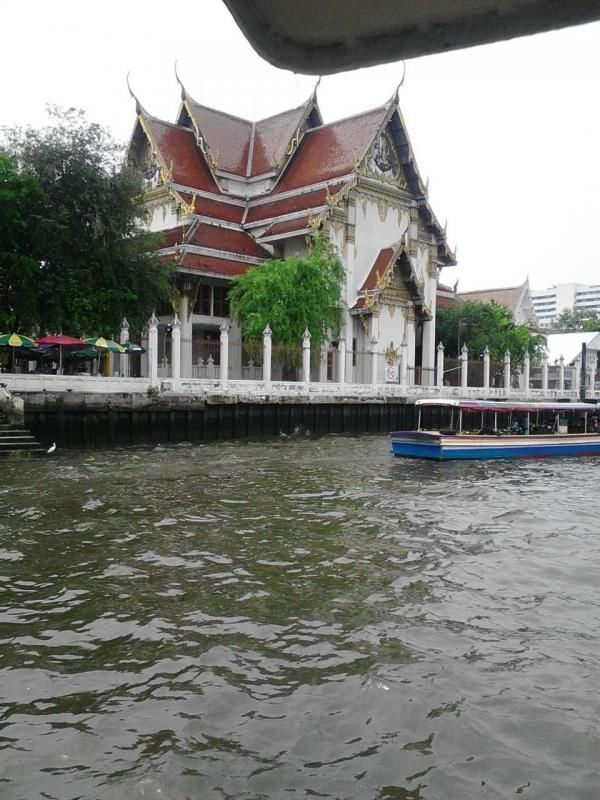 City tour Bangkok - Klongfahrt (canal trip) and Wat Arun
