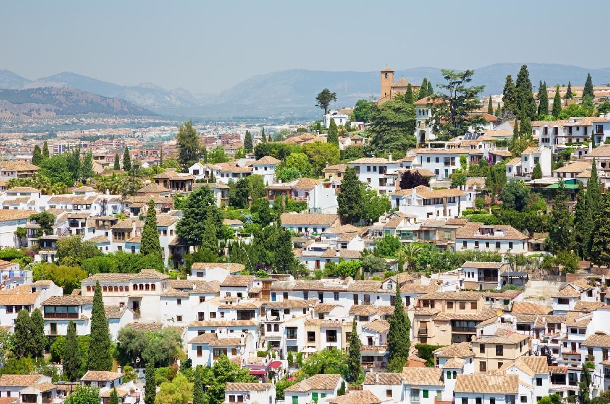 Albayzin and Sacromonte Districts Half-Day Guided Walking Tour from Granada