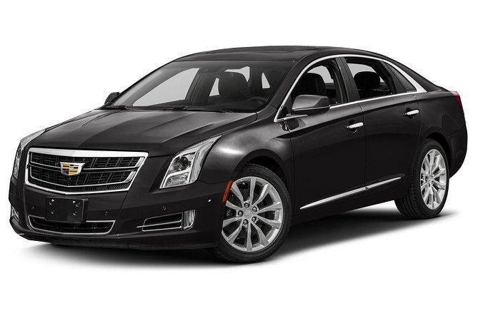 Private Transfer: YVR to Vancouver Downtown by Sedan