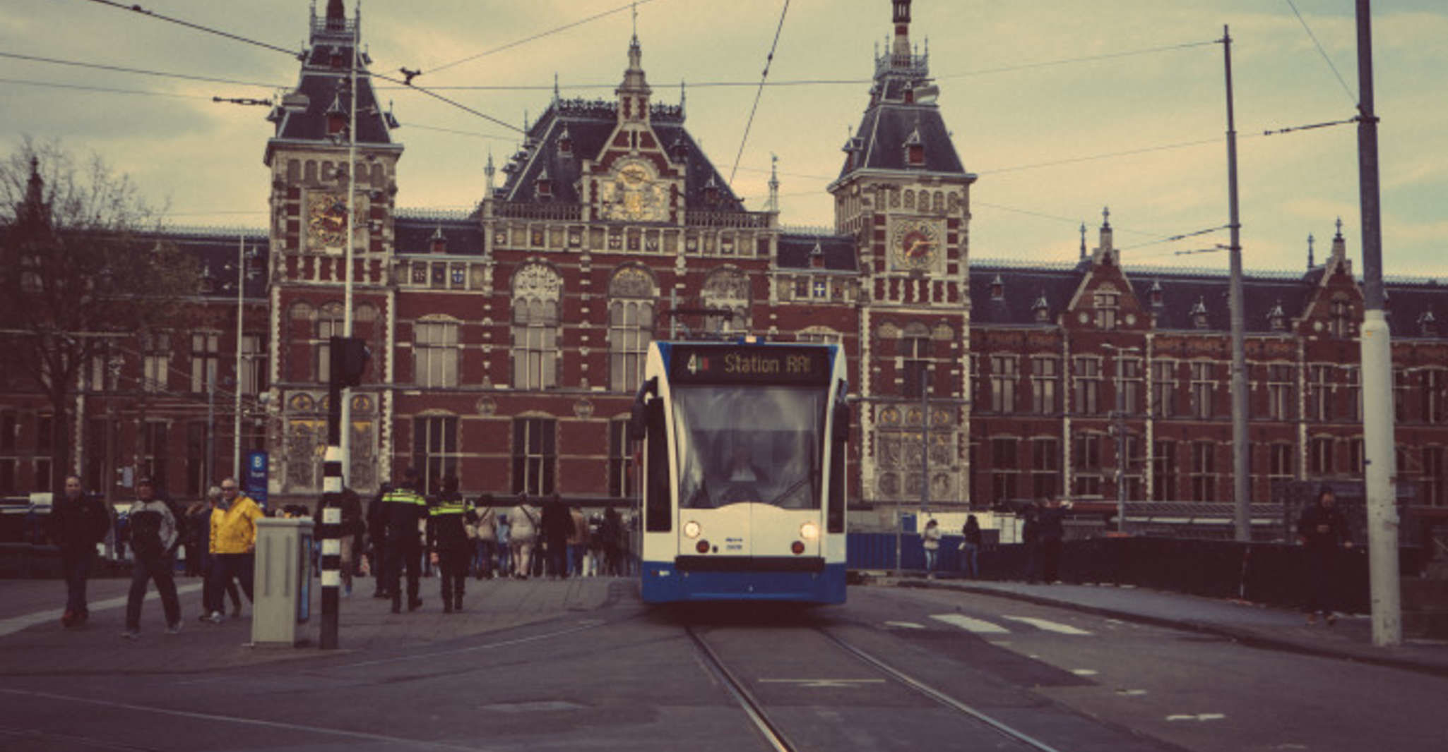 Amsterdam: Private Transfer Cruise Port to Hotel