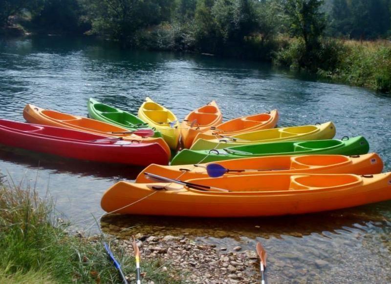 Canoe safari on Trebizat - a real adventure