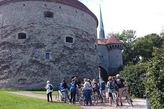 Tallinn Bicycle Sightseeing Tour