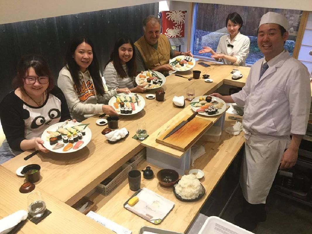 Japanese Sushi Making Class and Lunch with a Professional Chef in Fukuoka