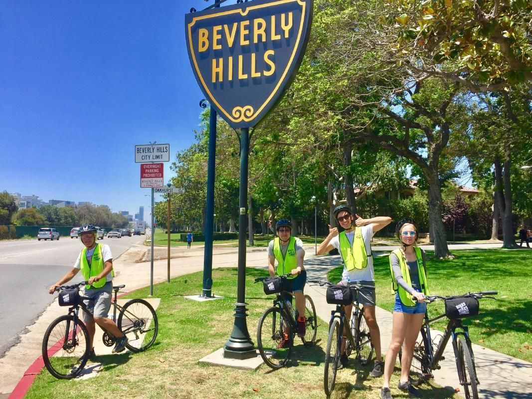 Beverly Hills West Hollywood Movie Stars' Homes Bike Tour with Guide