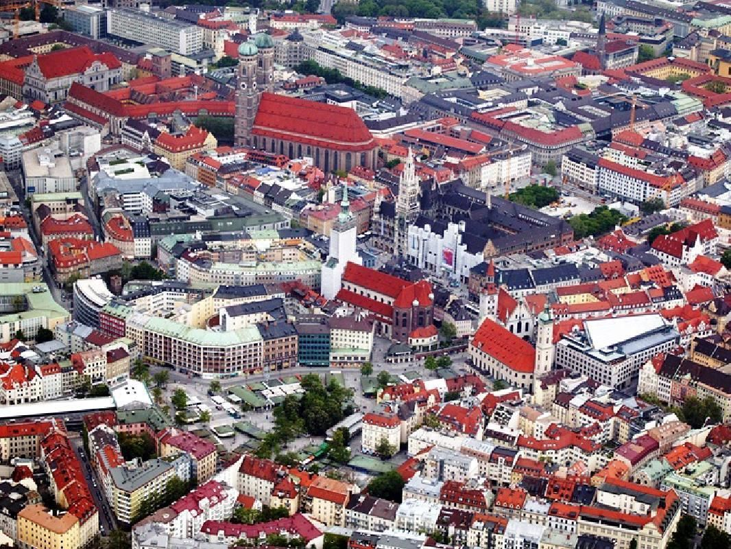 Private Half Day Tour of Munich with English-Speaking Guide