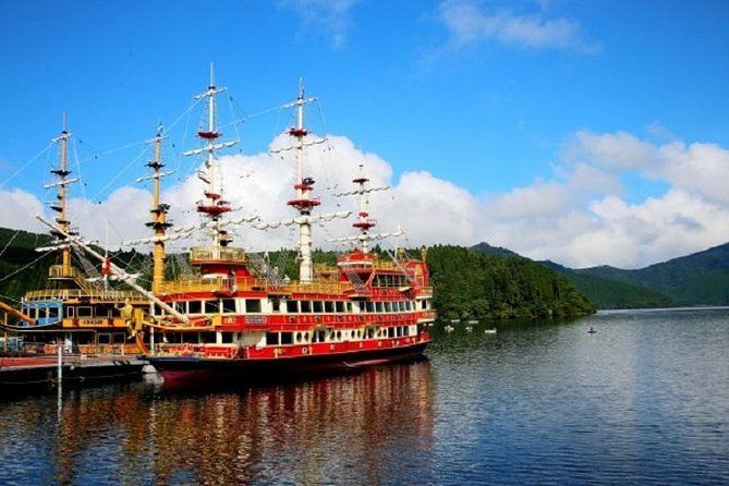 Highlights of Hakone Day Trip by Public Transportation