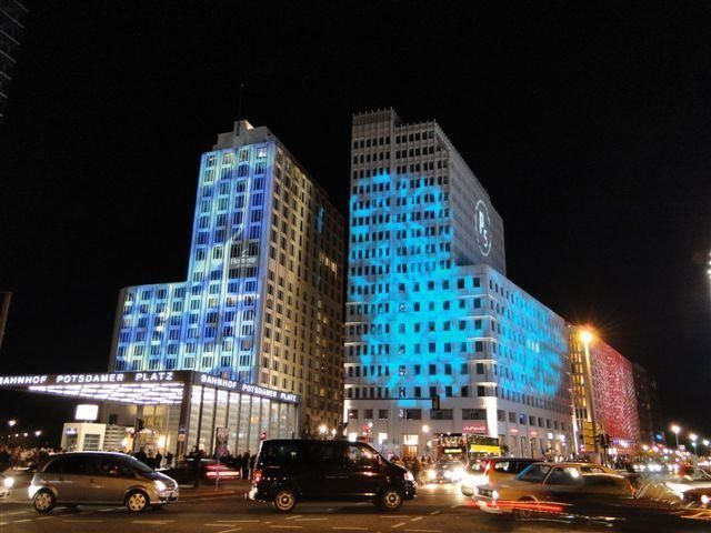 """Berlin Sightseeing Tour during the """"Festival of Lights"""""""