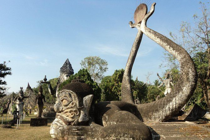 Day trip to Buddha Park including city tours in Vientiane
