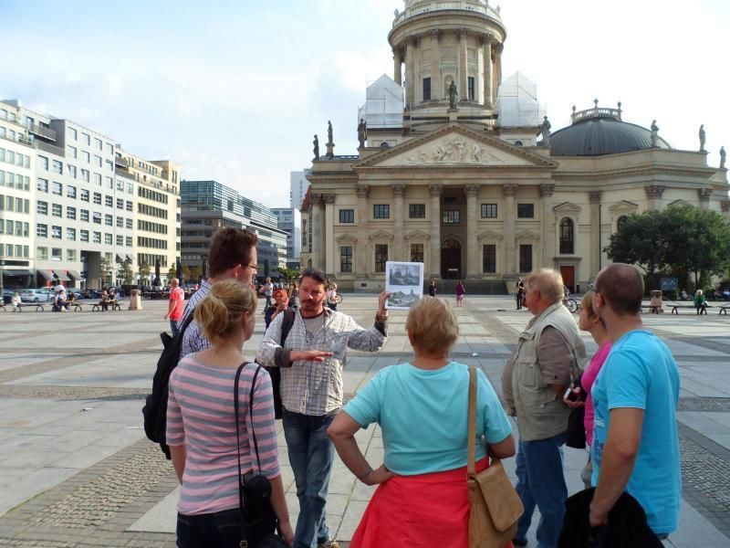 "BBT- City walk ""Berlin Mitte"" (private guided tour)"