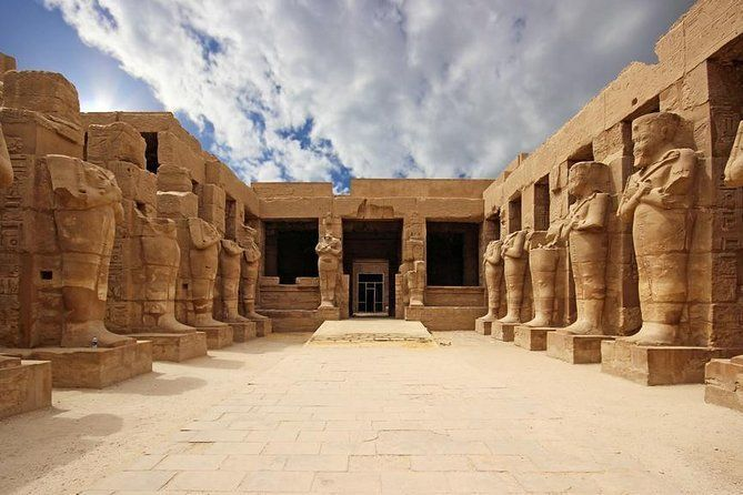 Private Day Tour to East and West Banks of Luxor