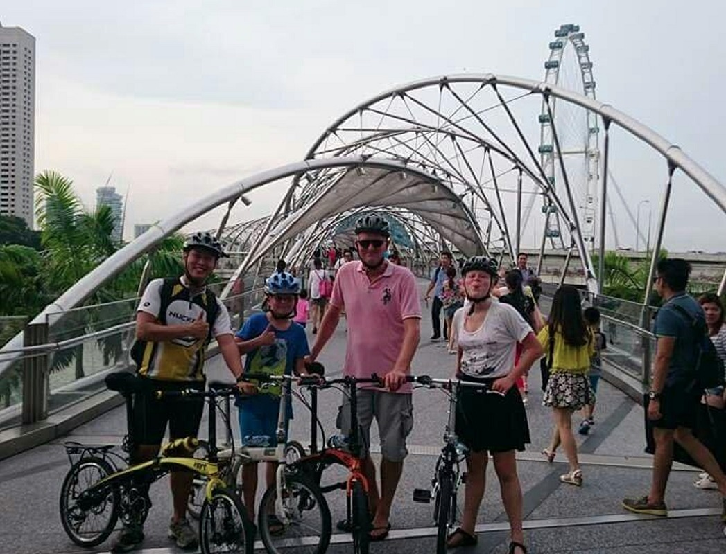 Singapore Highlights Half Day Bike Tour with Local Guide
