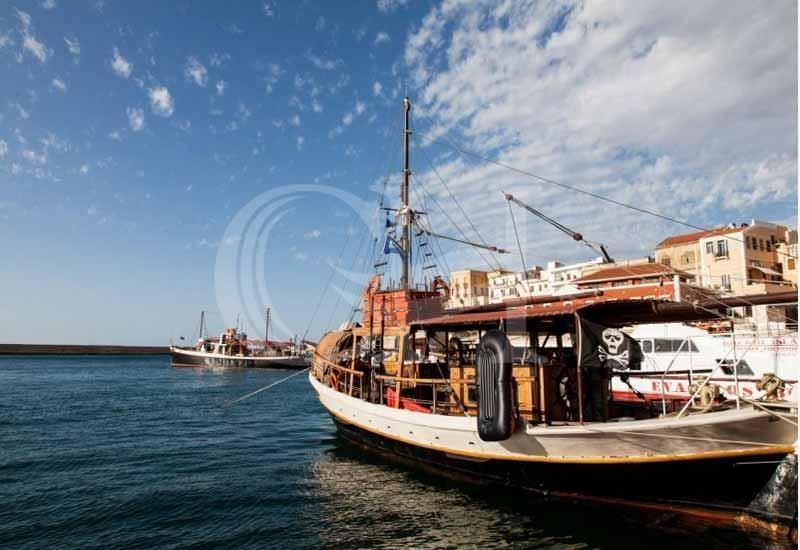 Bay Cruise Crete (Light Lunch included)