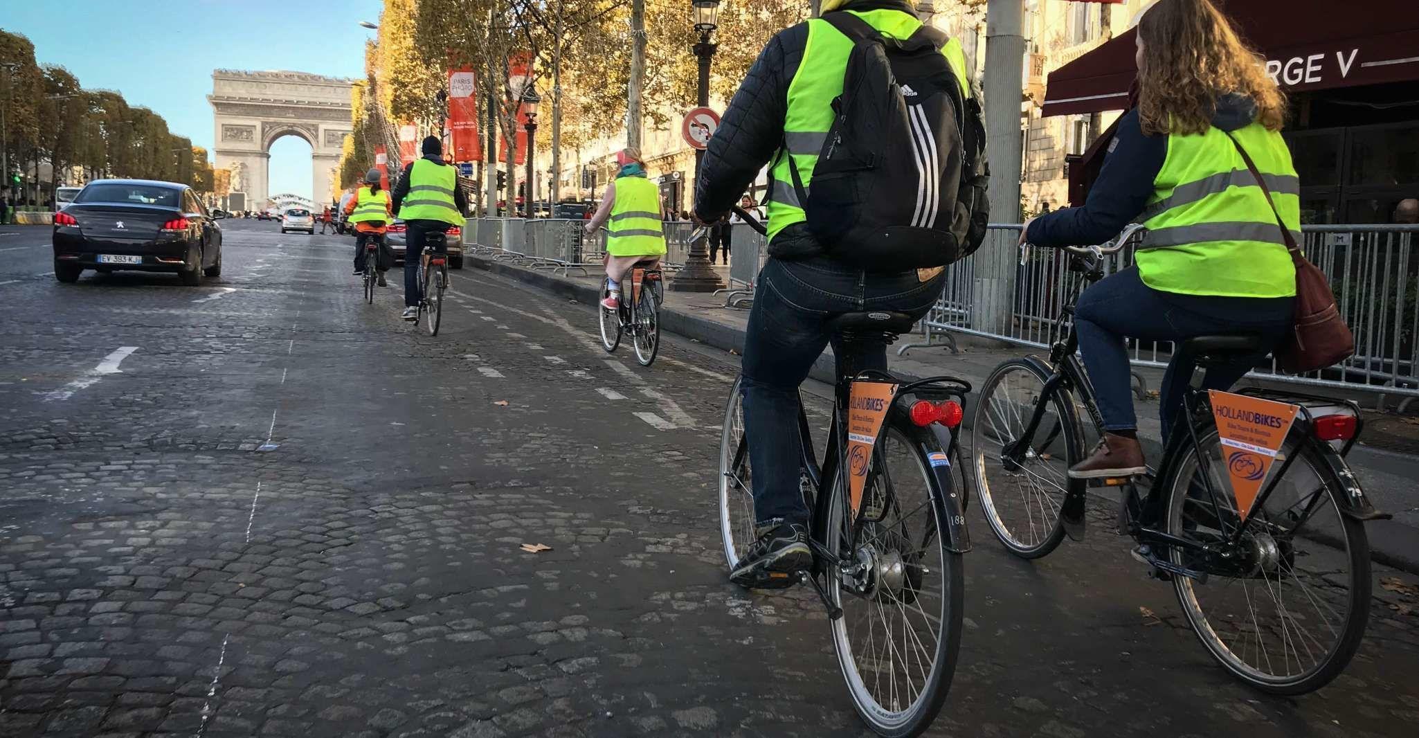 Paris Highlights 3-Hour Bike Tour