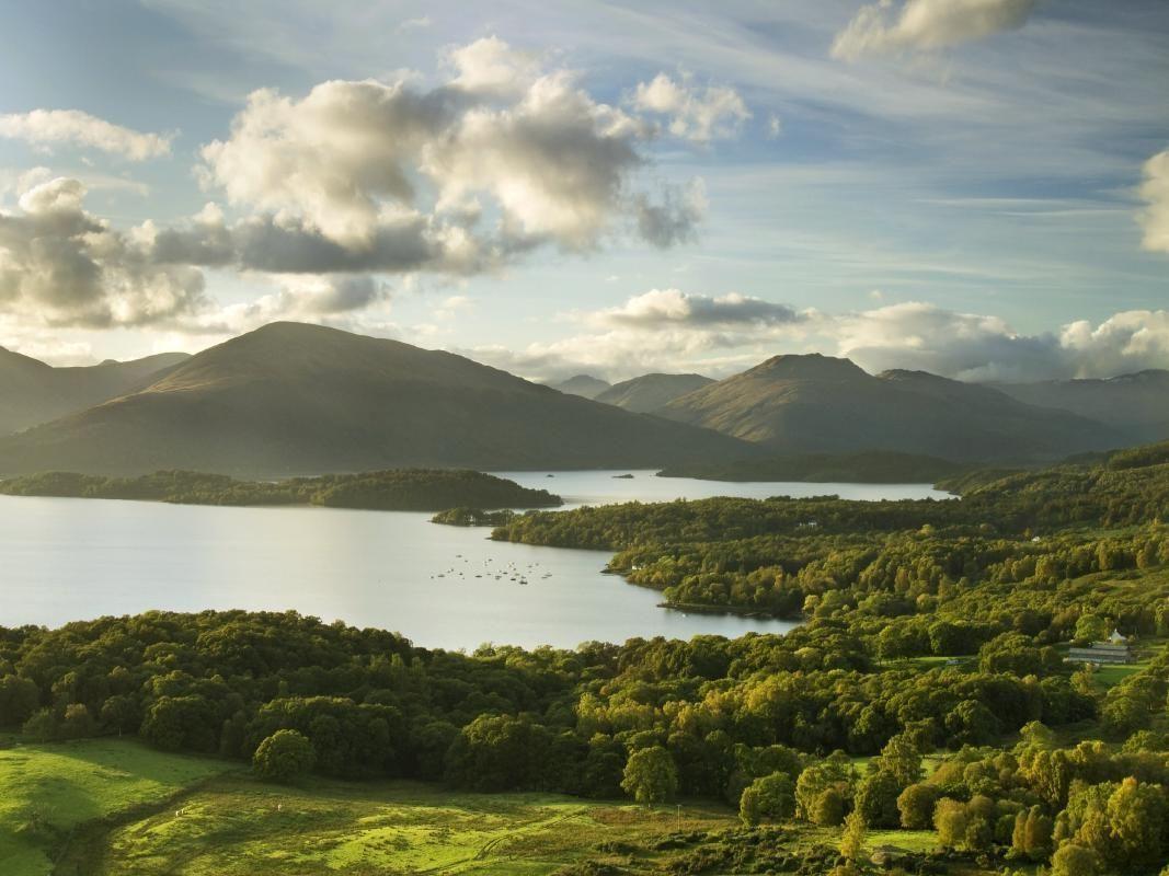 Loch Lomond, Kilchurn Castle, Oban and Inveraray One Day Tour from Edinburgh