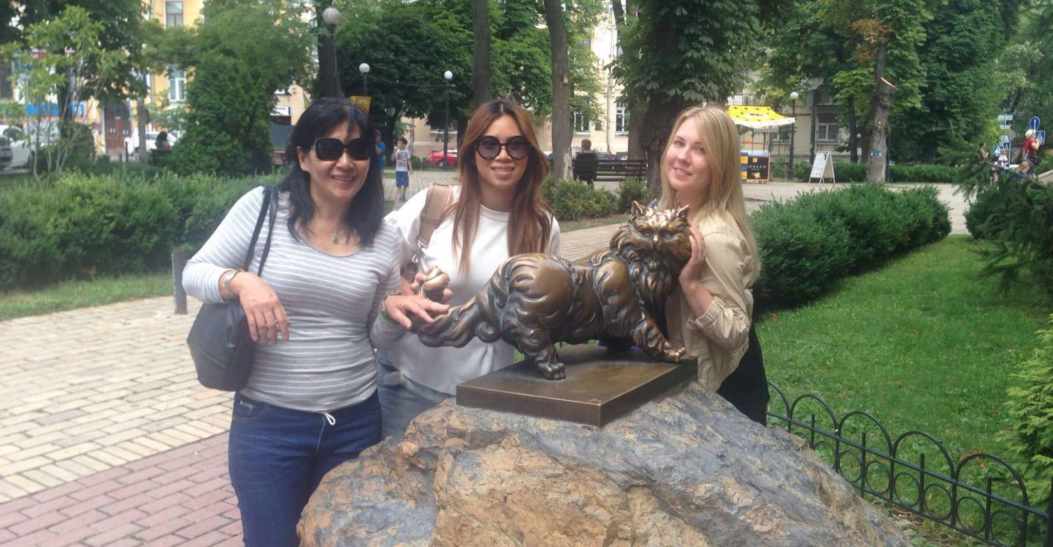 Kyiv: Private Old Town Sightseeing Walking Tour