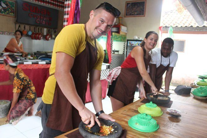 Subak cooking class (Balinese cooking school) 9 Dish Cooking and Market Tour