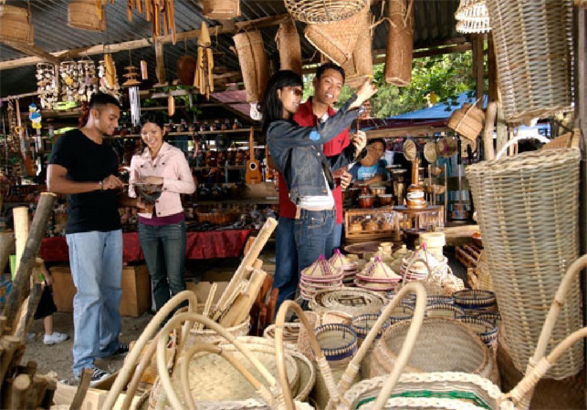 Kota Belud Tamu Sunday Market Half Day Tour from Kota Kinabalu