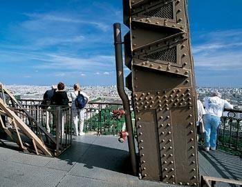 Paris by Night : City Tour, Cruise & Eiffel Tower