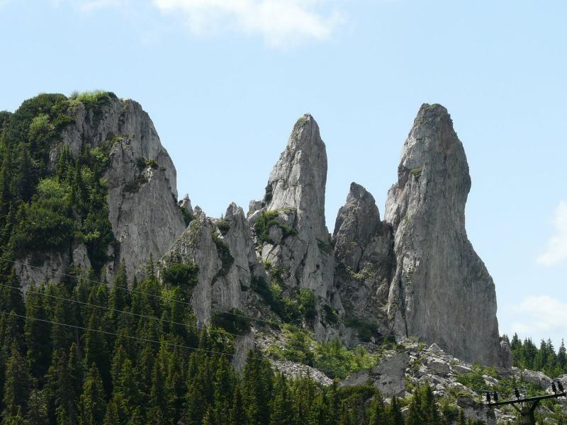 7-day guided trekking tour through the Giumalau-Rarau mountains
