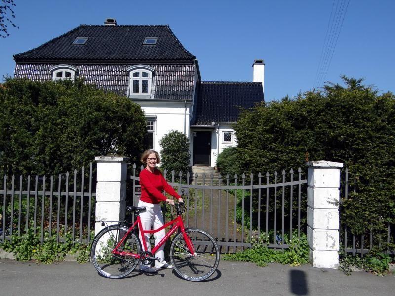 "Copenhagen bike ride for fans of the TV series ""Borgen"""