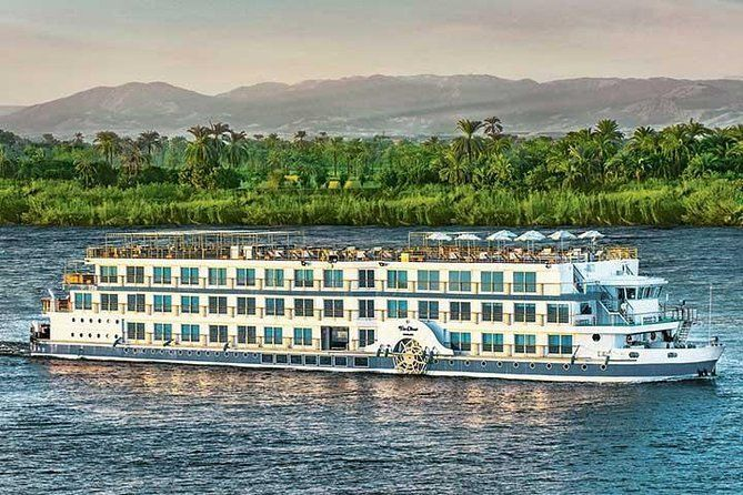 4-Days Nile Cruise Aswan to Luxor & Sleeper Train Round-trip