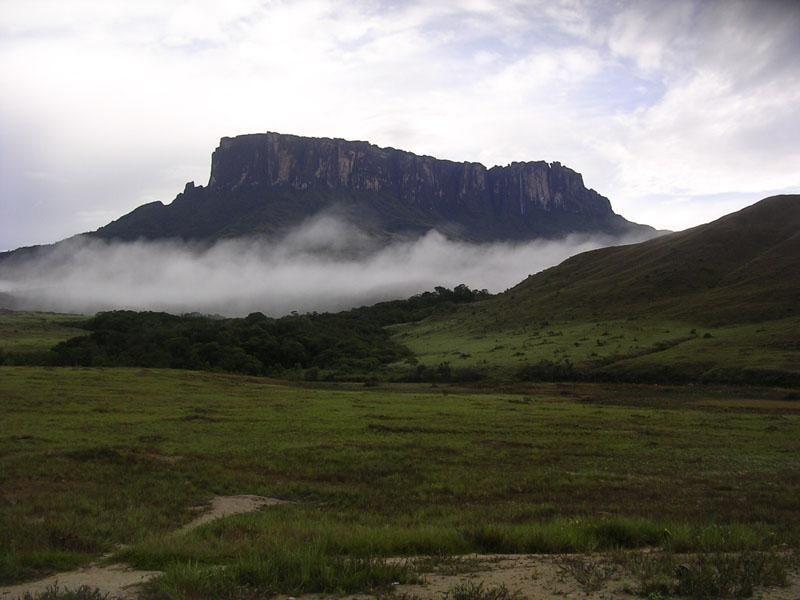 Six-day Roraima Trekking Tour