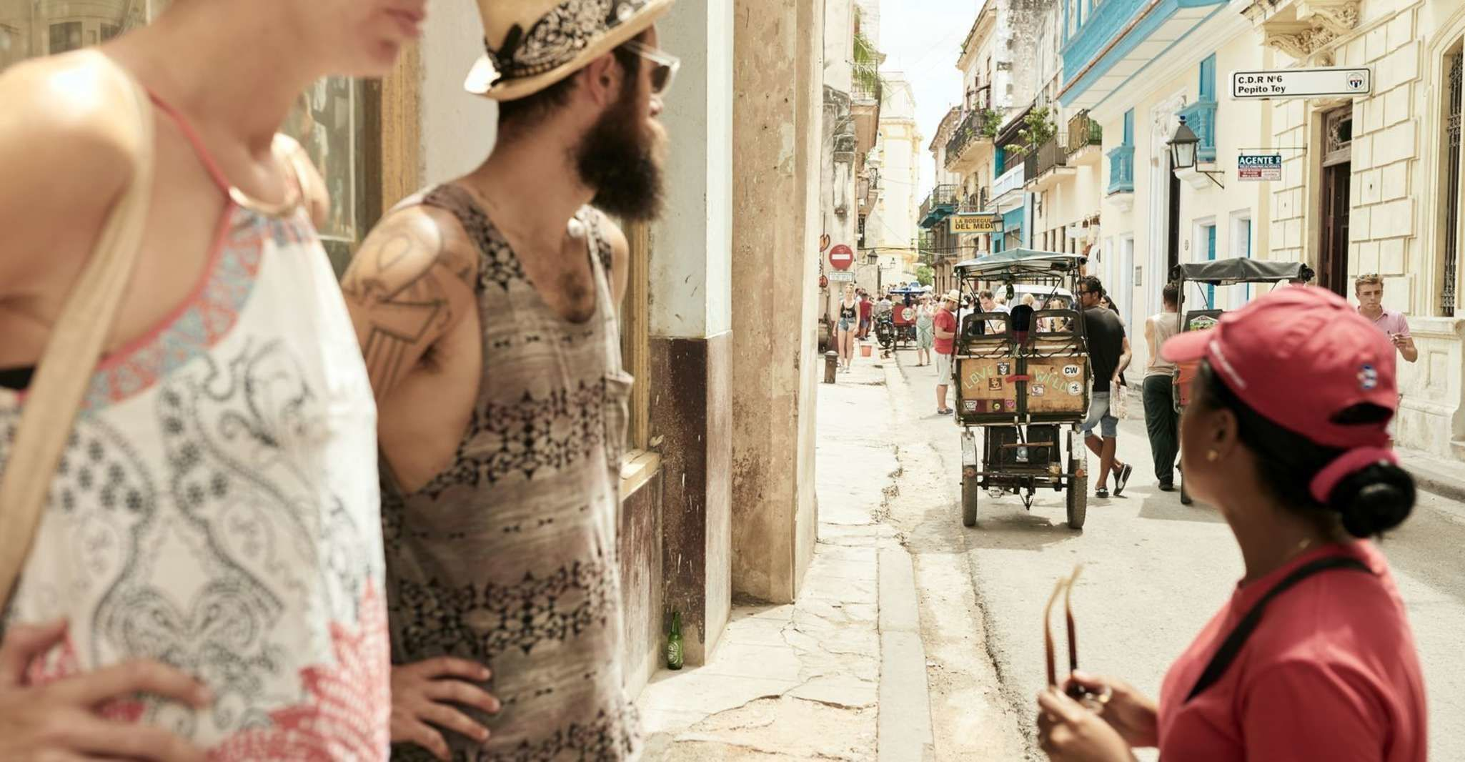 Discover Old Havana: Small Group Walking Tour with Lunch