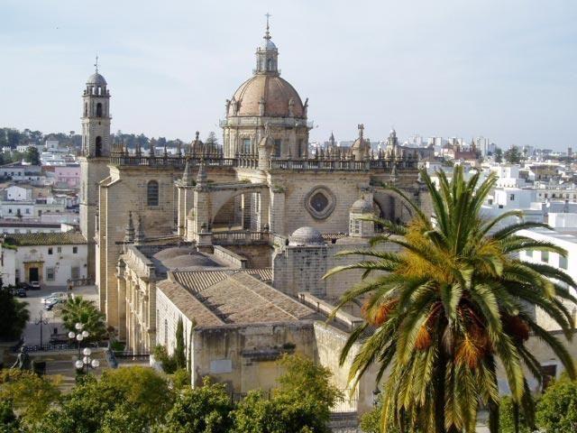 Full day combined tour: Jerez Riding School & Seville City Tour