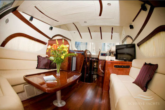 Dubai: Private Yacht Rentals in Dubai Marina